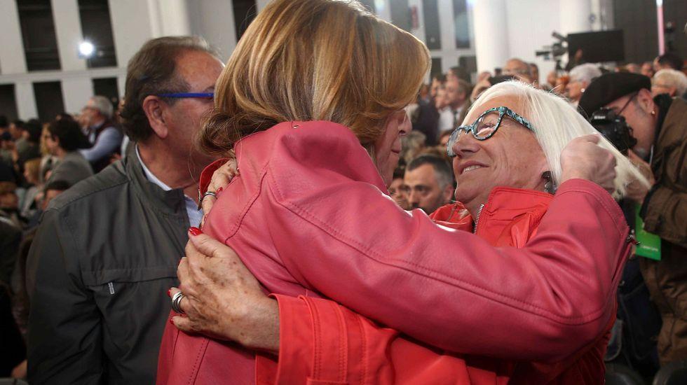 Los tres precandidatos del PSOE juntos pero no revueltos en el homenaje a Chacón.Lagarder Danciu