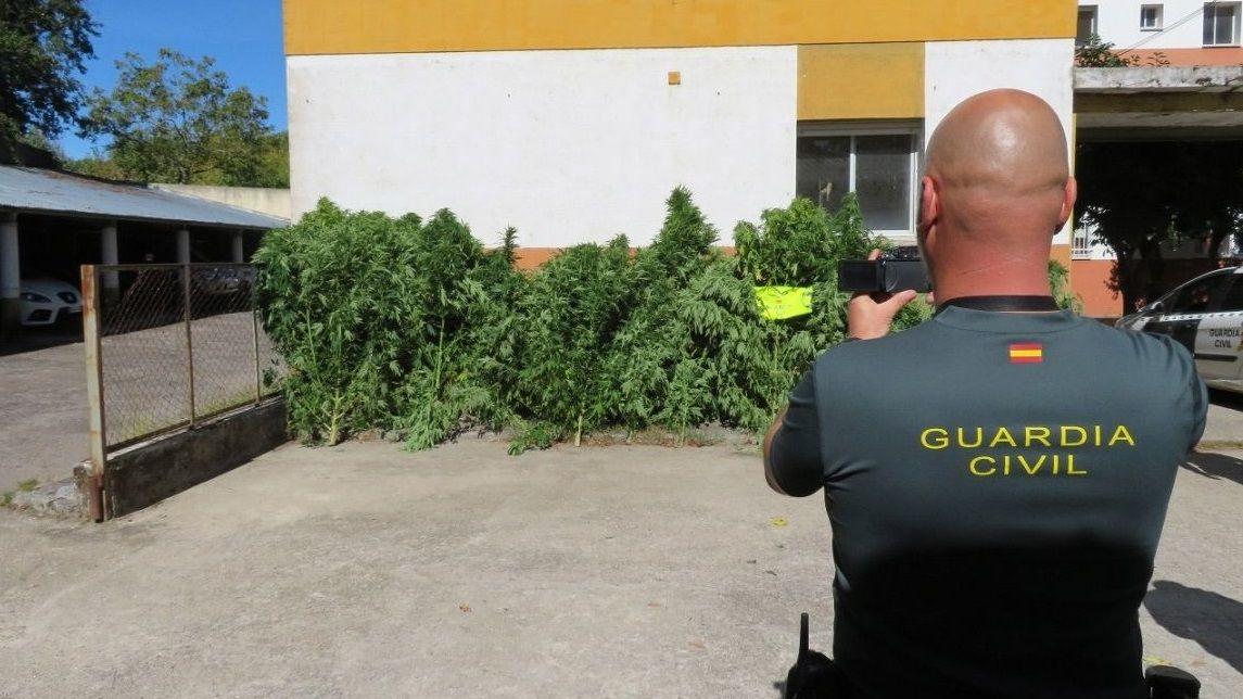 Sede del puesto principal de la Guardia Civil en Milladoiro