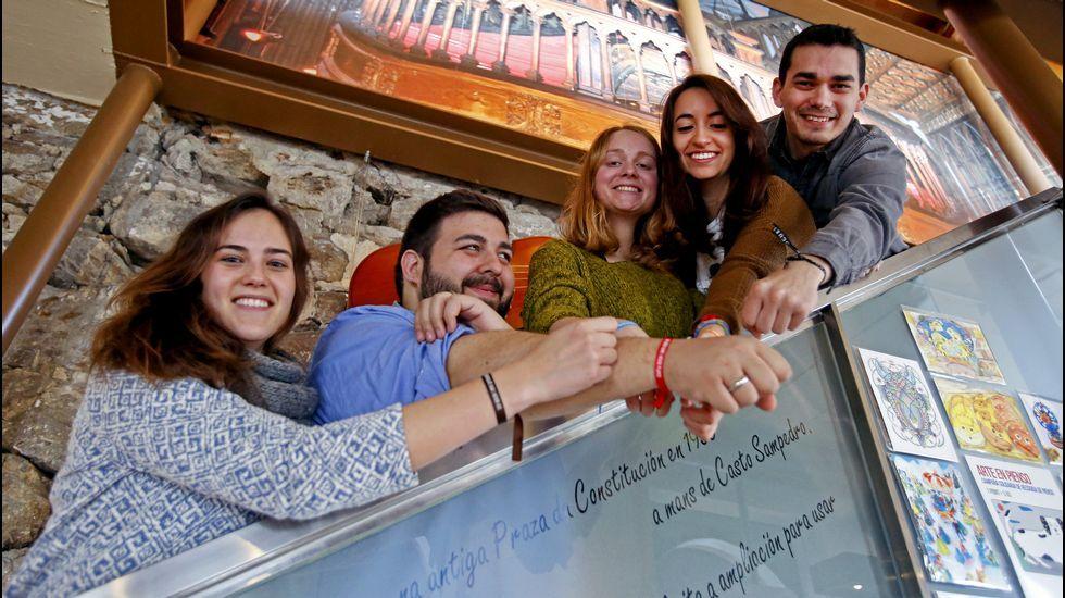 Unicef lanza una campaña para sensibilizar sobre los refugiados.Mámoa, grupo pionero en promover la lactancia en Galicia, se reúne todas las semanas en el centro sociocultural A Trisca.