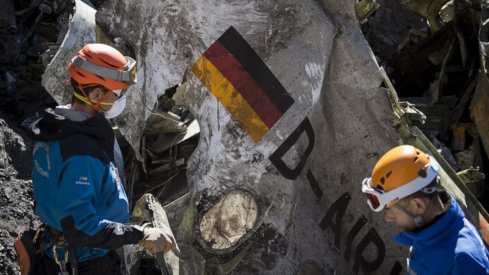 Restos del avión de Germanwings estrellado en los Alpes
