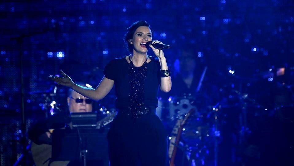 El descuido de Laura Pausini.La cantante Laura Pausini durante un concierto en Las Vegas