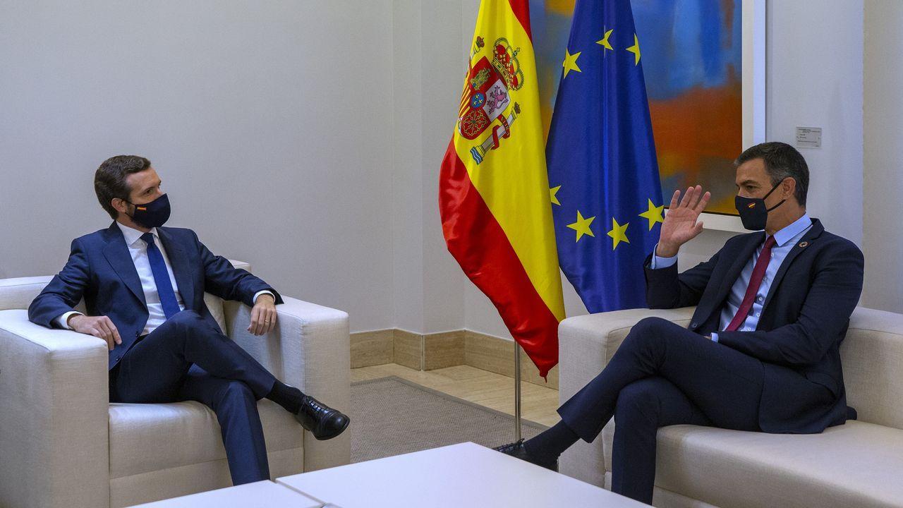 Pablo Casado y Pedro Sánchez, en su última cita en la Moncloa