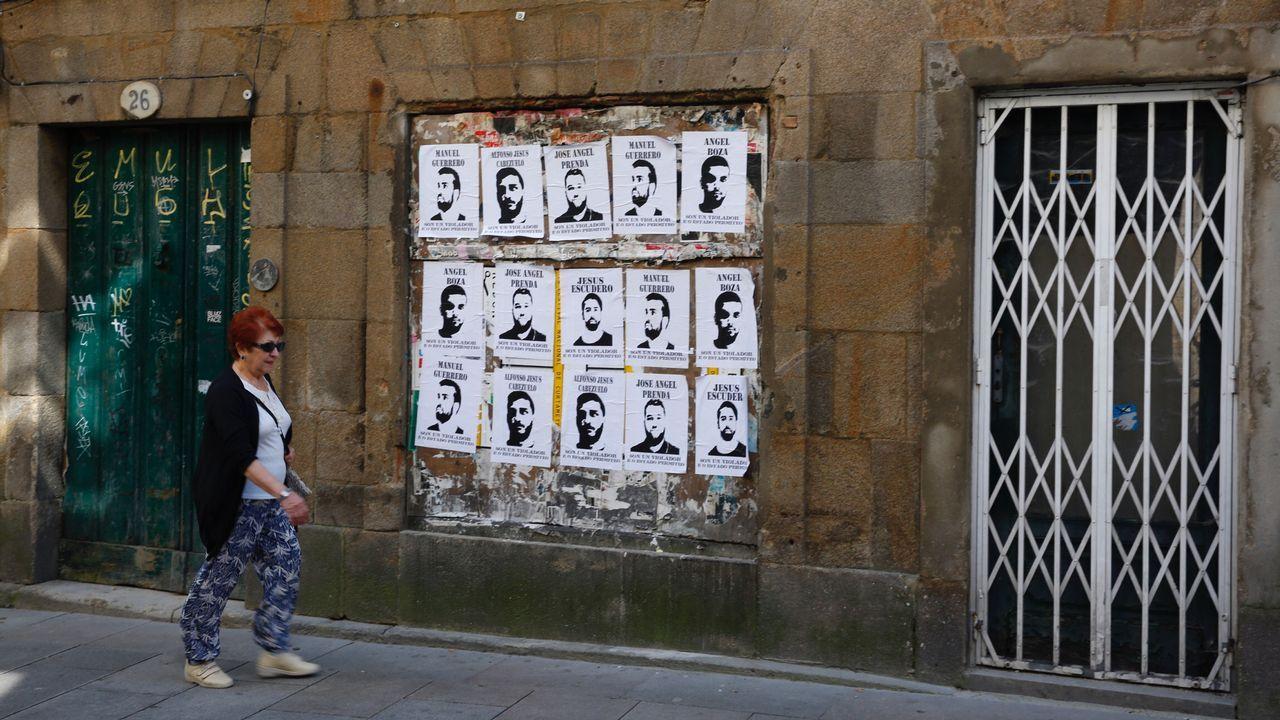 La respuesta en las calles al auto de libertad de La Manada.Miles de personas han salido hoy a la calles de Oviedo, Gijón y Avilés en protesta por la sentencia del juicio de  la Manada  al grito de  Yo sí te creo  o  Todos somos la víctima . En la imagen, manifestación en Oviedo