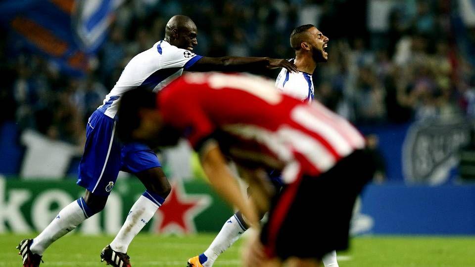 Búscate en la grada del partido de la selección española Sub-21 (Álbum 1).Jackson Martínez hace el 2-0