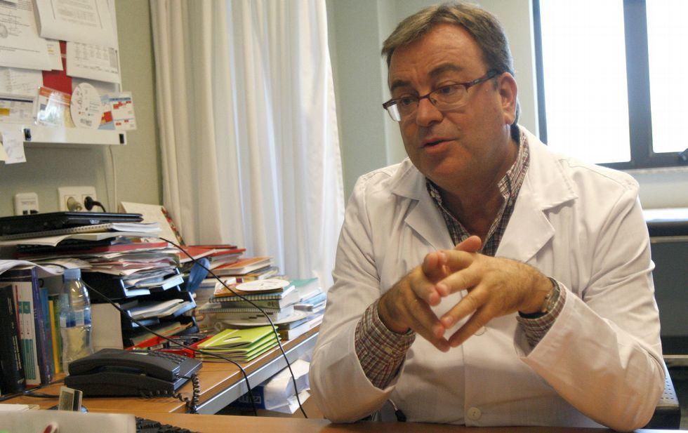 Varios equipos trabajan con diversas estrategias para erradicar el VIH, afirma Antonio Antela.