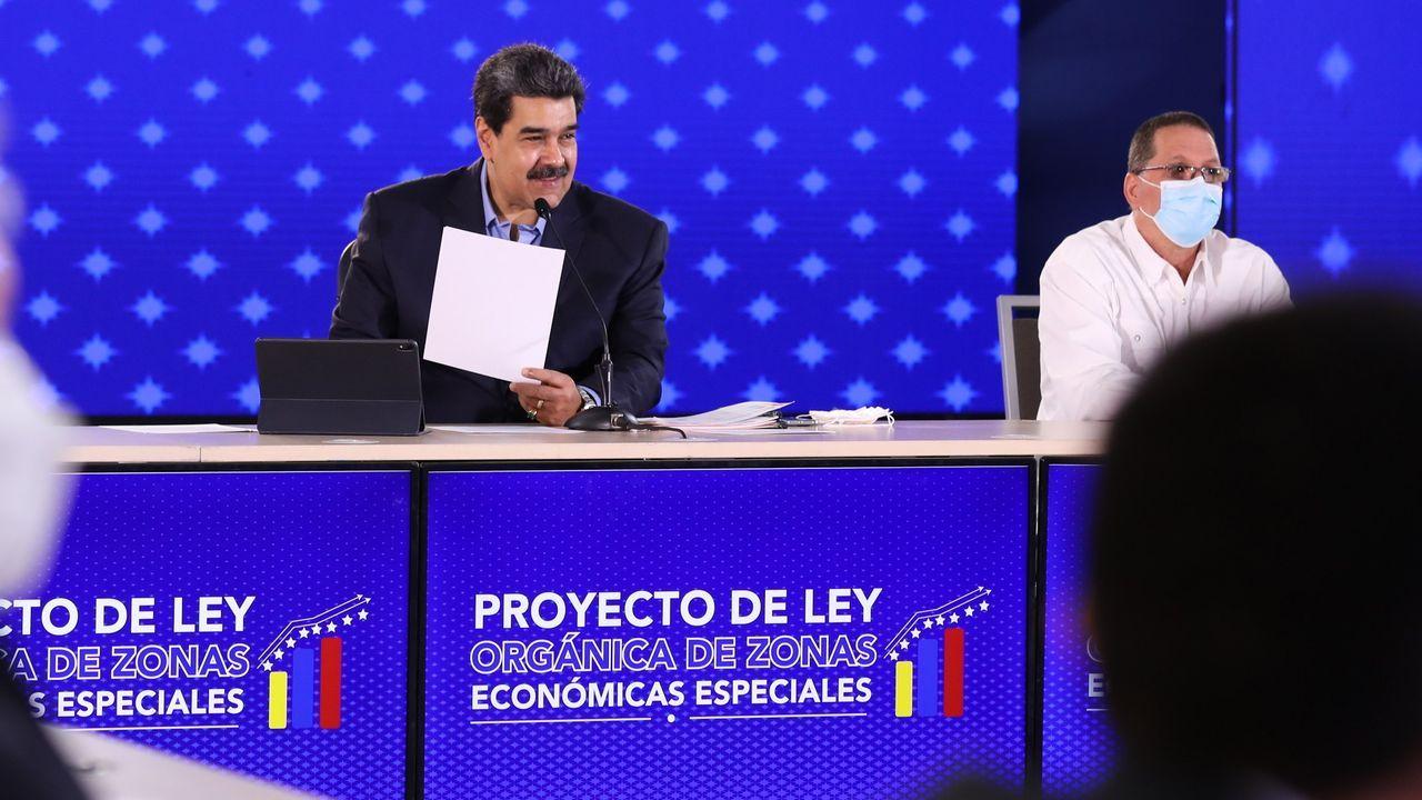 Maduro, en rueda de prensa a última hora del miércoles en el palacio de Miraflores
