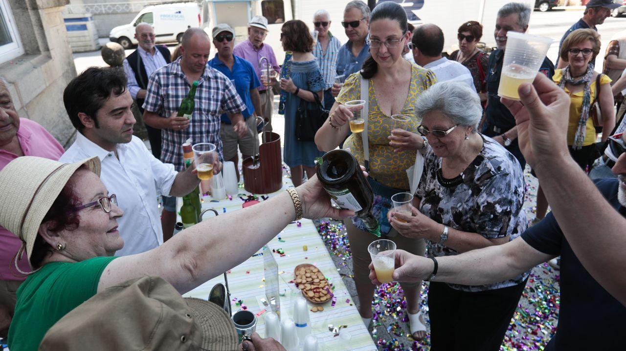 Marta Highen el festival El Mediator (Perpignan, 2017).Mando Diao en el festival Metrópoli Gijón