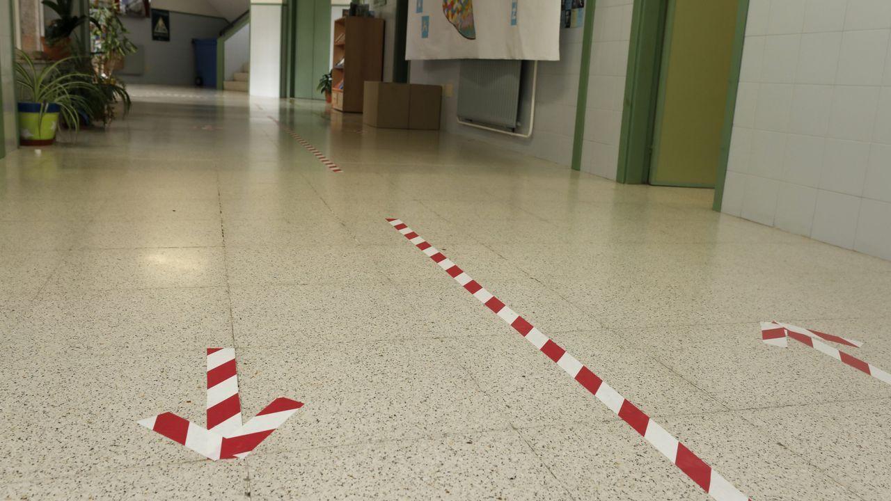 Colegios como O Cantel, de Foz, en imagen, ultiman la señalización de sus espacios ante la vuelta al cole