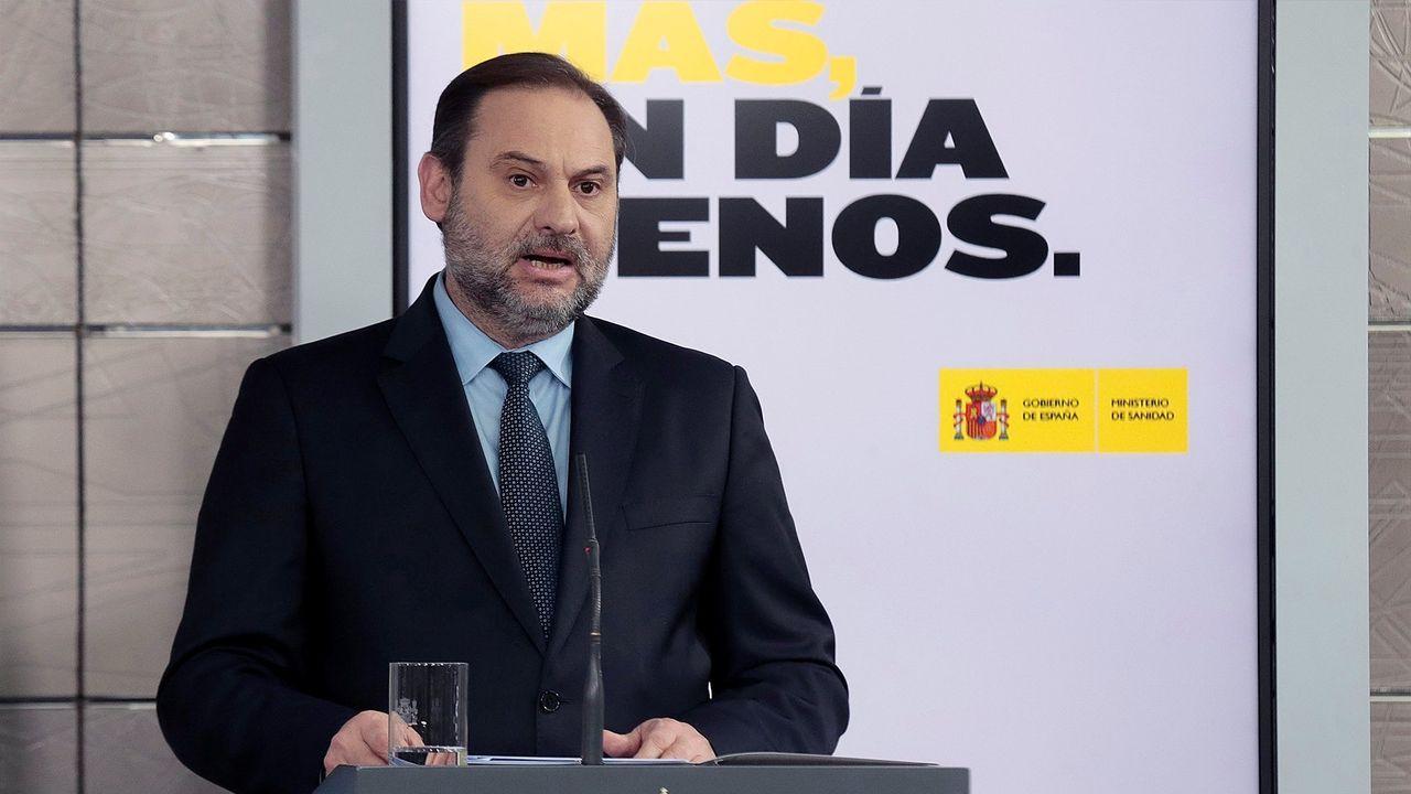 En directo: Comparece el presidente del CIS, José Félix Tezanos.El ministro de Fomento, José Luis Ábalos, durante la rueda de prensa del domingo