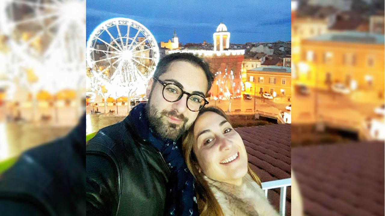 Héctor Pérez y su mujer Iria en Perpignan