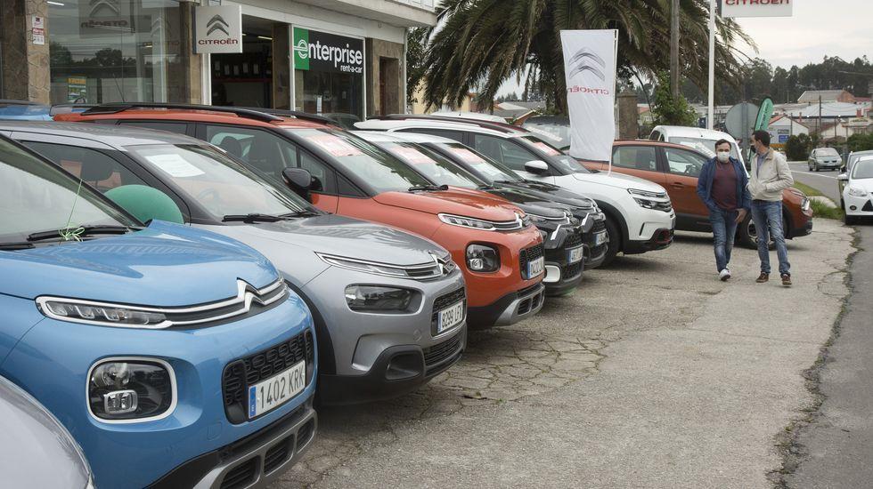 Movimiento, ayer por la tarde, en Vilas Rama- Citroën