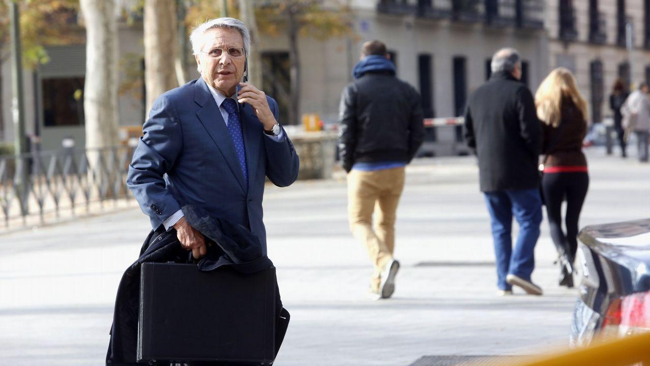 Gayoso evita explicar de nuevo por qué se intervinieron las cajas gallegas.El expresidente de Caixanova, Julio Fernández Gayoso