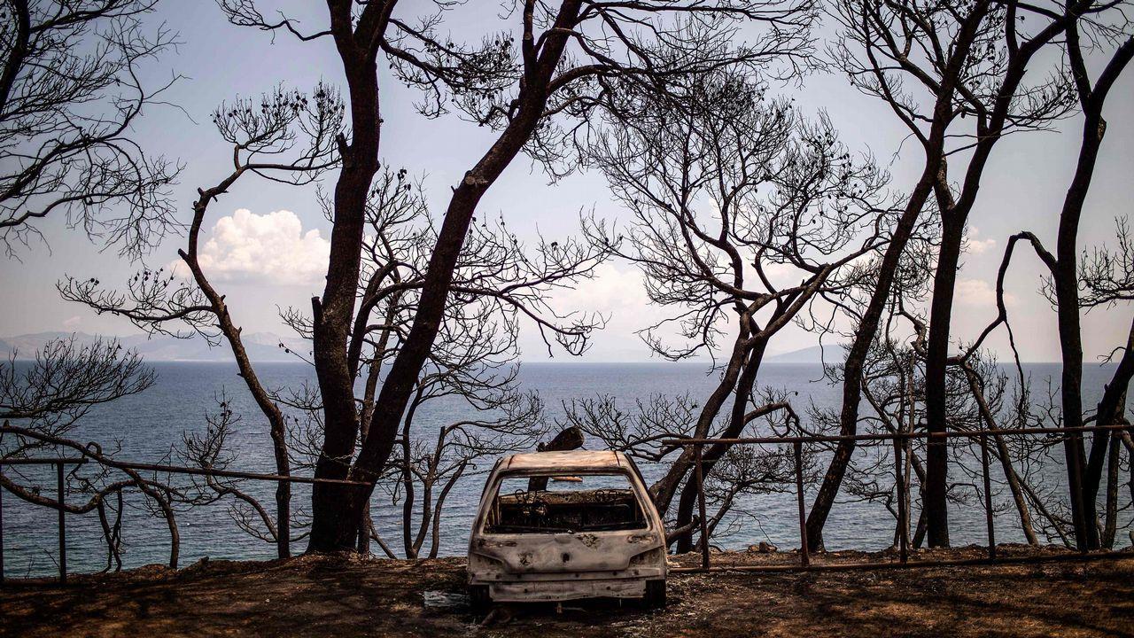 El fuego se cobró casi 90 vidas en Grecia