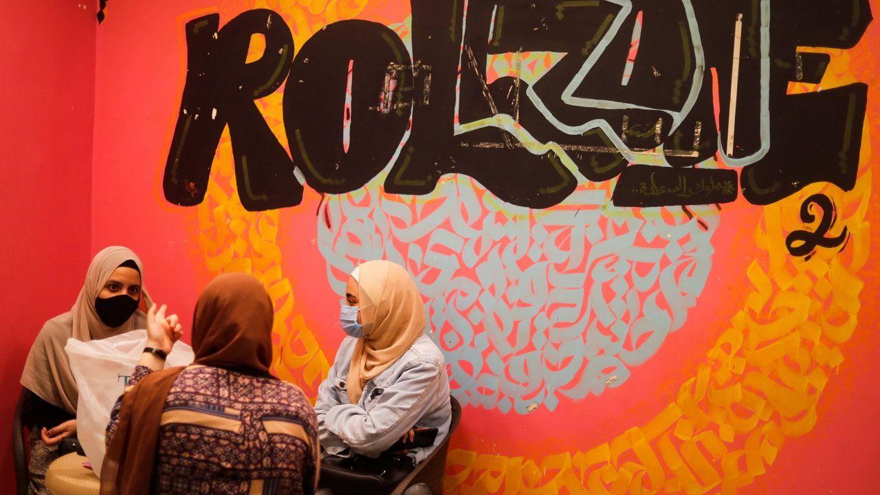 Mujeres en el barrio de Giza, en El Cairo, Egipto