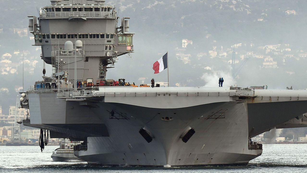 El BAC Cantabria descansa en Alemania antes de regresar a Ferrol.El Charles de Gaulle, en el puerto de Toulon, en una imagen de archivo