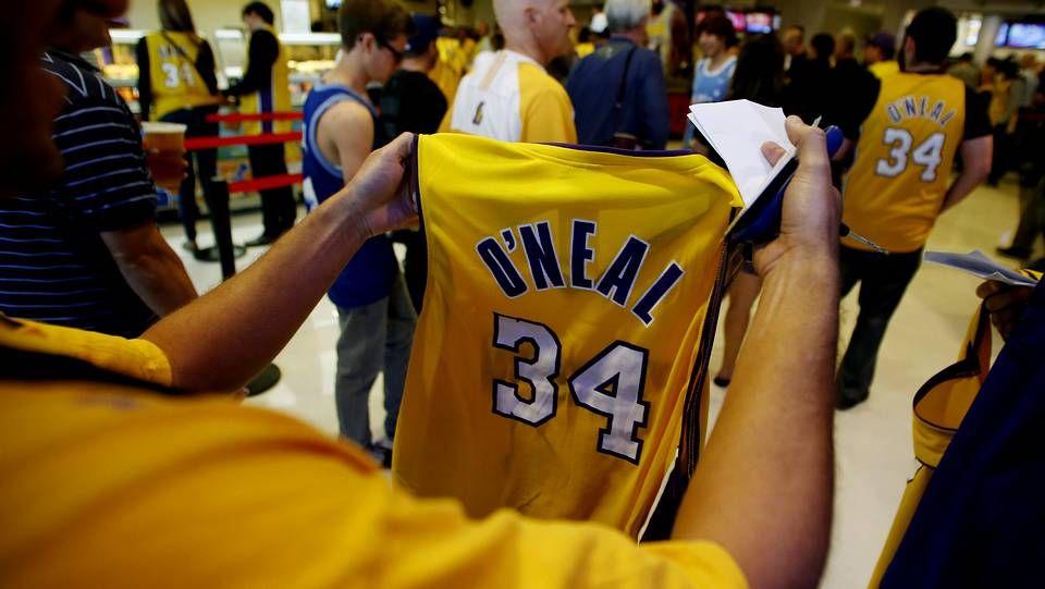 Retiran la camiseta de O'Neal