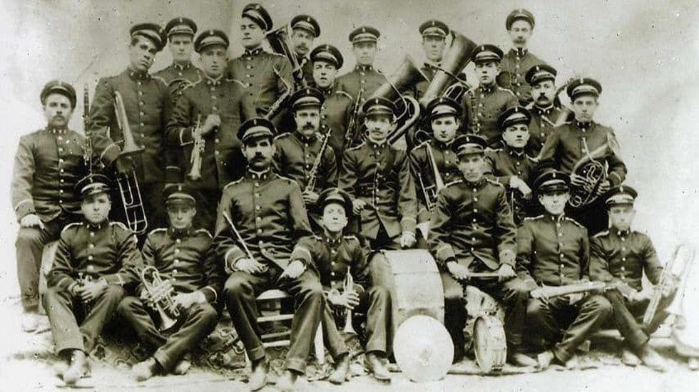 La desaparecida Banda de Música de Monforte, en una foto del año 1928