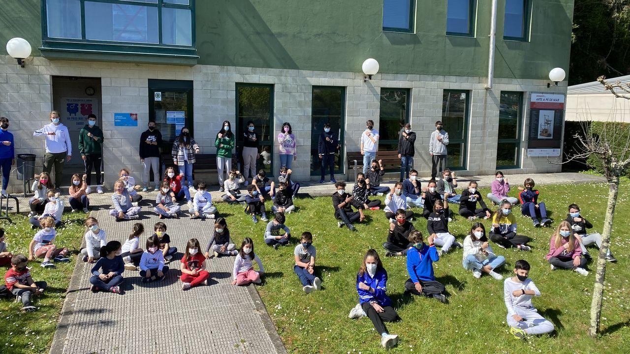 Un grupo de alumnos del centro que participará en este Camino virtual