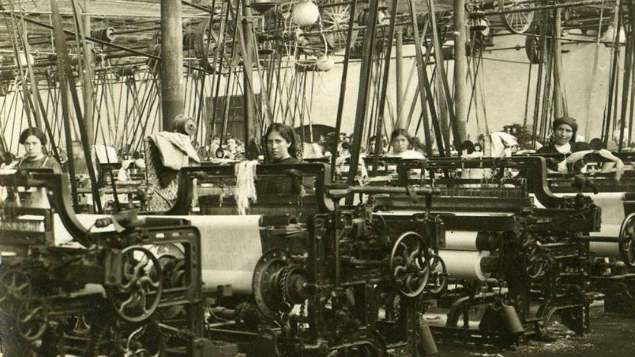 Trabajadoras de La Algodonera, en una imagen tomada por Julio Peinado entre 1910 y 1915