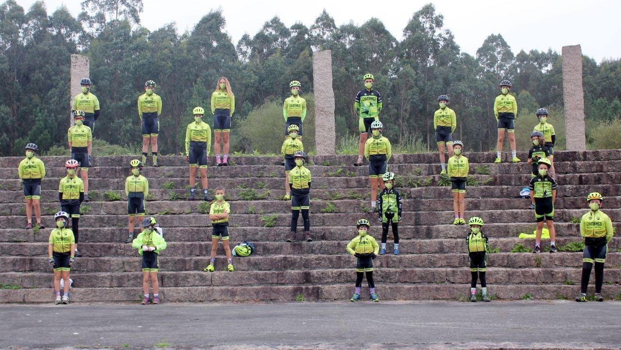 Vivamos como galegos! #NonVasPoderConNós #QCHDN.Imagen de archivo de la Policía Local de Betanzos