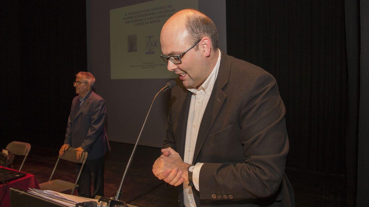La primera jornada del simposio sobre la Translatio en Vimianzo, en imágenes
