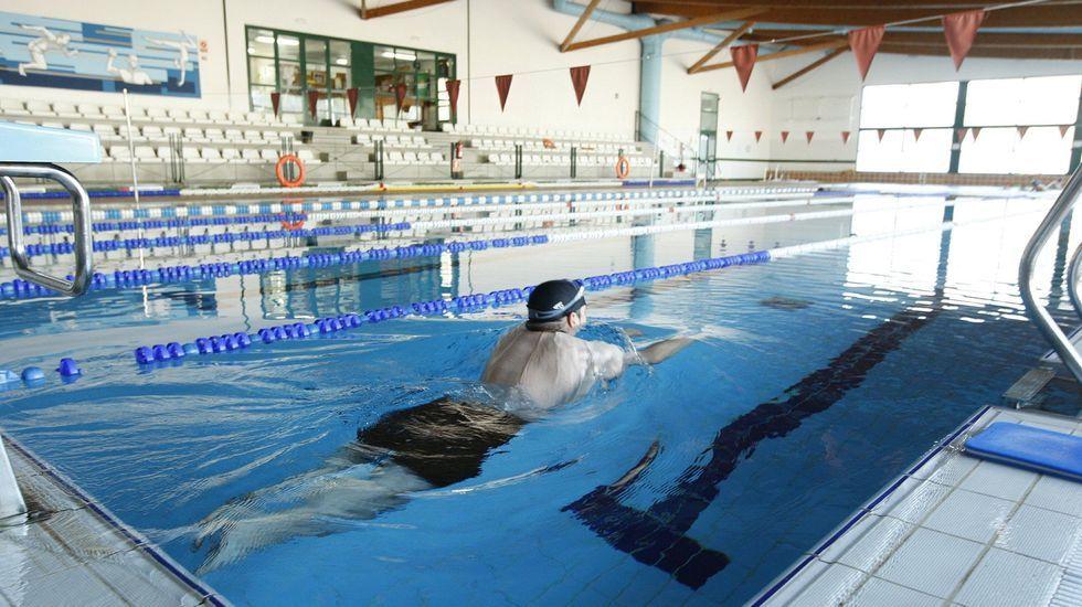 Dentro del vaso grande de la piscina climatizada no podrá haber más de treinta personas a la vez