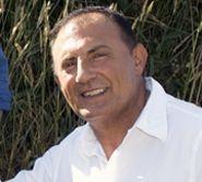 César Antonio Molina, ante un grabado de Jovellanos