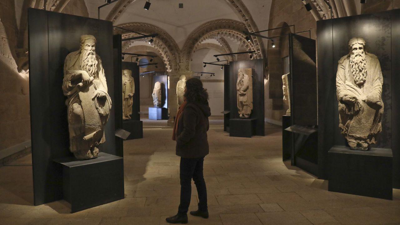 Comparativa entre el estado de las estatuas tras su estancia en el Pazo de Ximonde y en el de Meirás, donde perdieron algunos de sus elementos