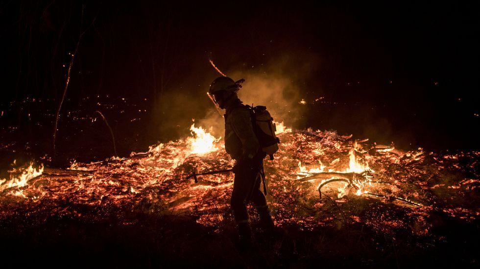 La lucha de los brigadistas contra el fuego