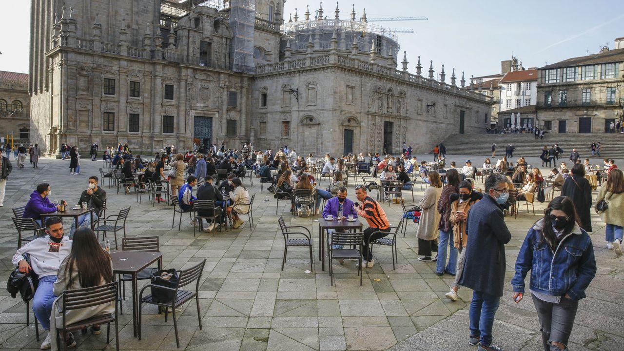 Despliegue policial en las terrazas de Santiago