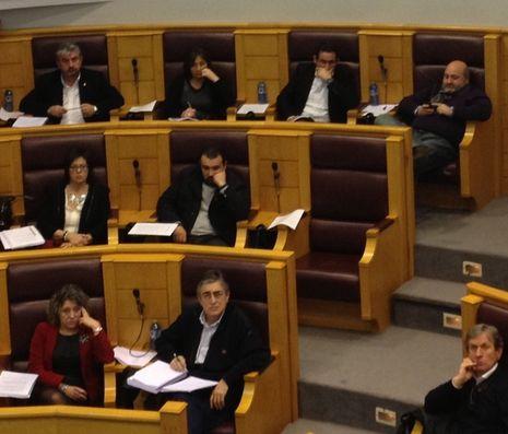 Diputados socialistas durante la sesión de esta mañana