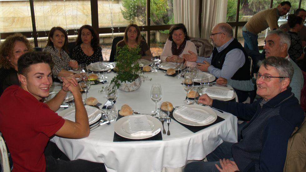 Bodegueros y colaboradores del consejo regulador en otra de las mesas