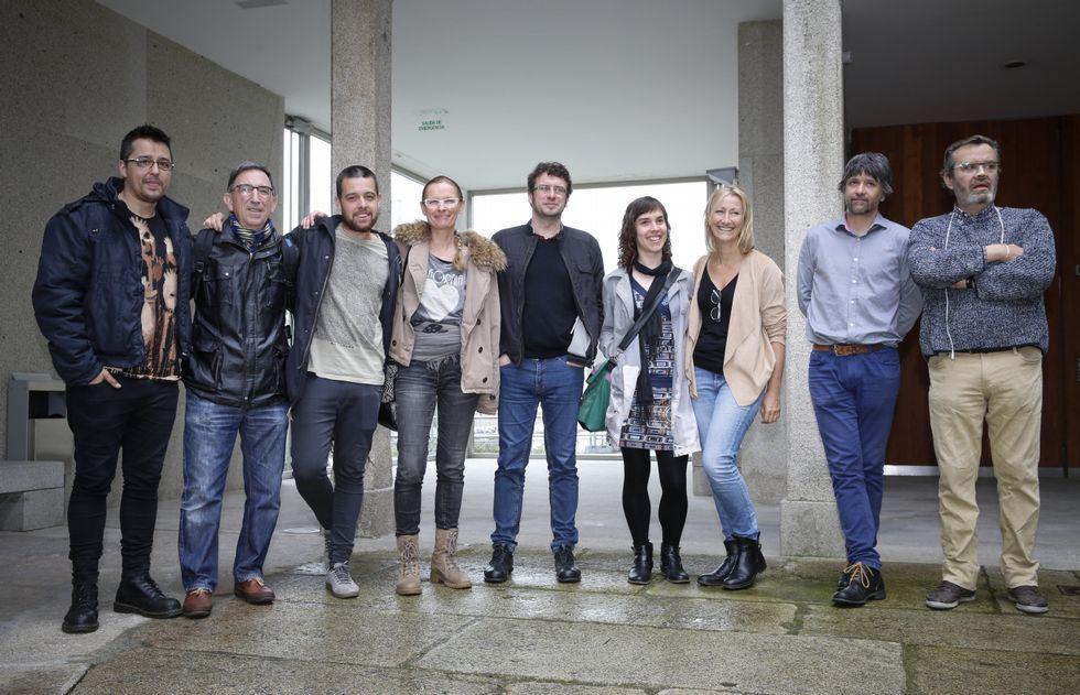 Varios artistas asistieron a la presentación de la iniciativa en la fundación Seoane