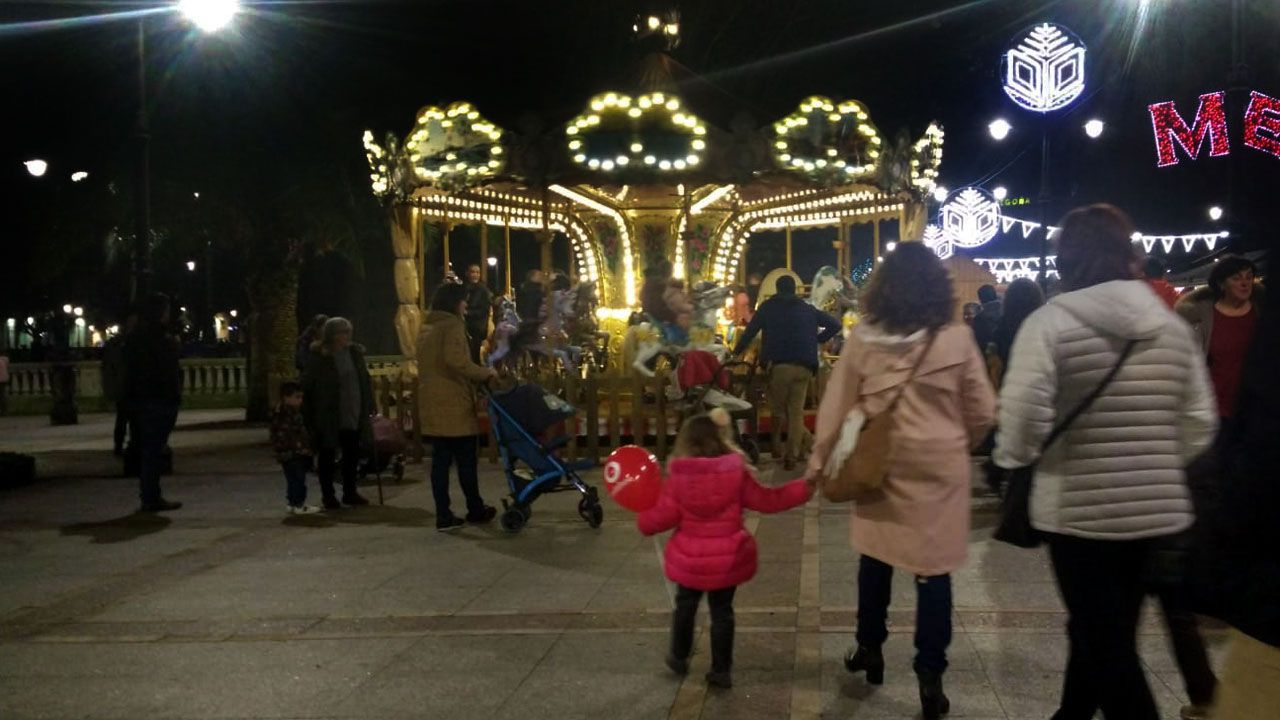 Carrusel en la plaza de Begoña