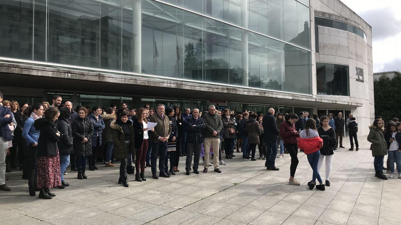 La alcaldesa de Porriño insulta a un concejal en el pleno.Concentración del 8M. Día de la Mujer