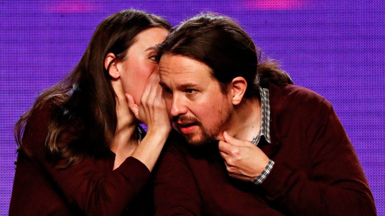Montero charla con Iglesias en un acto de Podemos el pasado año