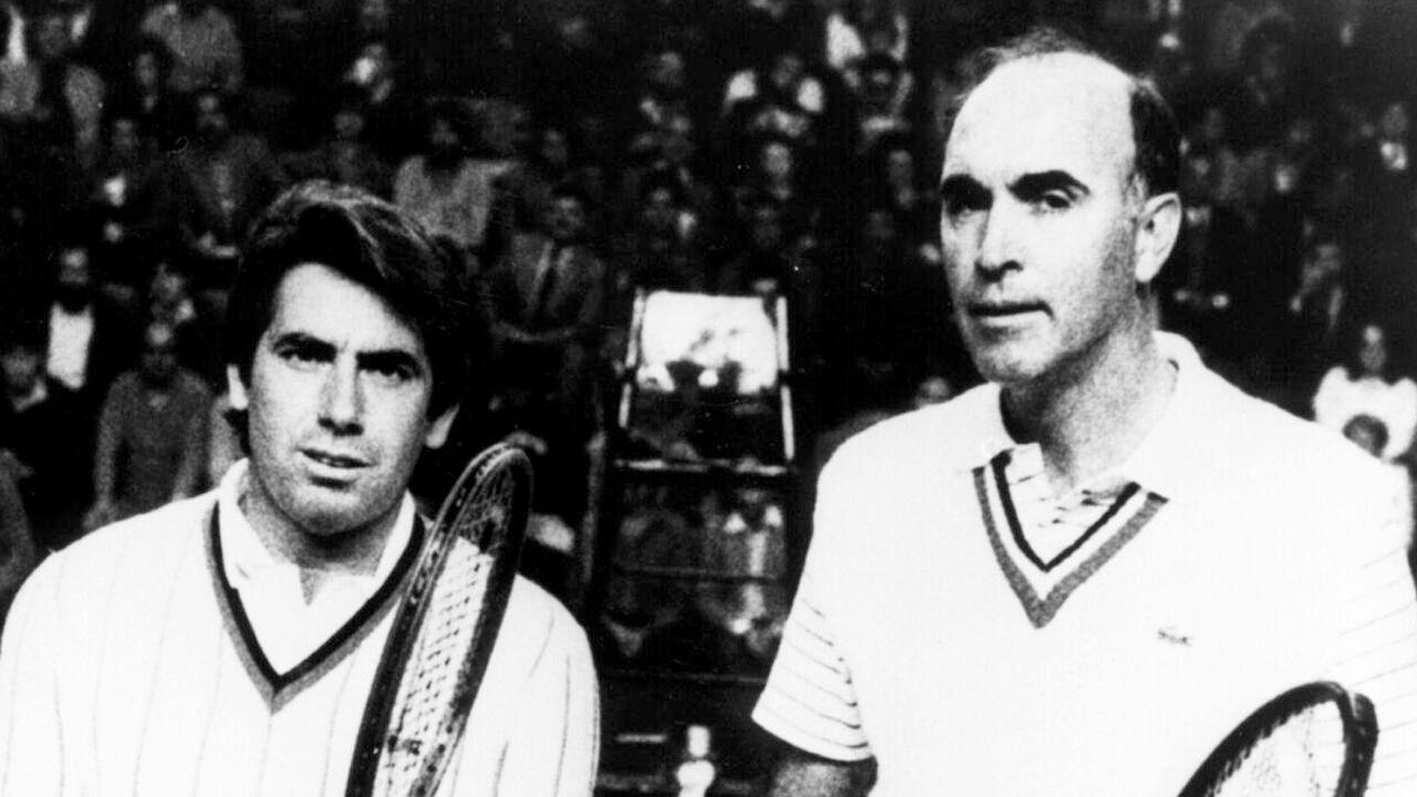Gimeno (derecha) junto a Manolo Santana