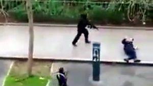 Los terroristas remataron a sangre fría a un policía.La vista contra los seis acusados comenzó ayer en la Audiencia Nacional.