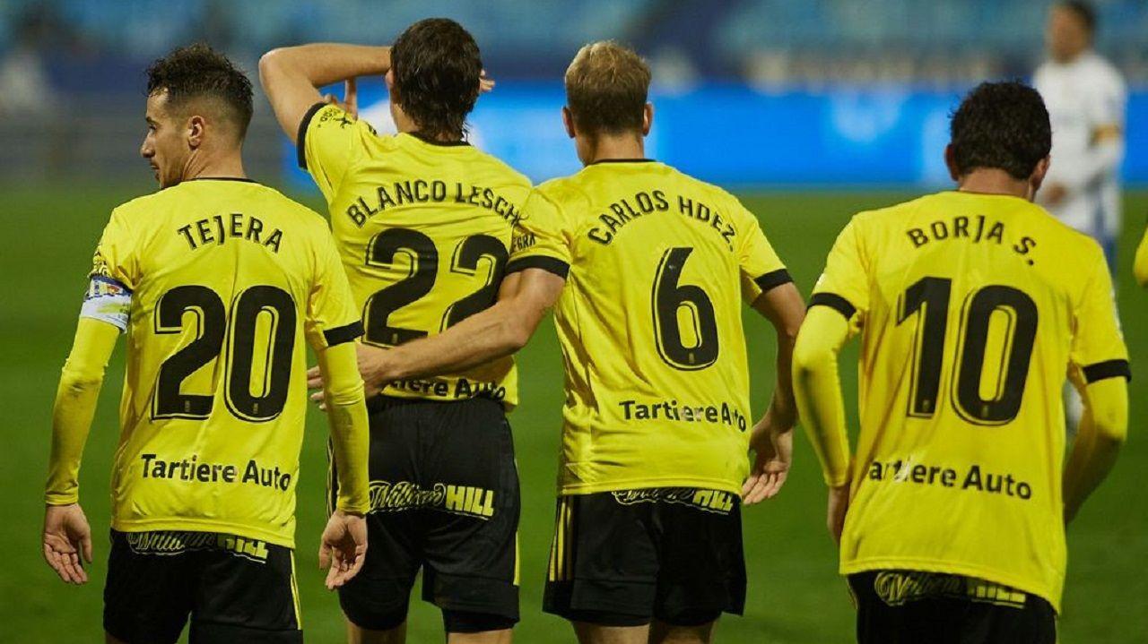 Blanco Leschuk celebra su gol en Zaragoza