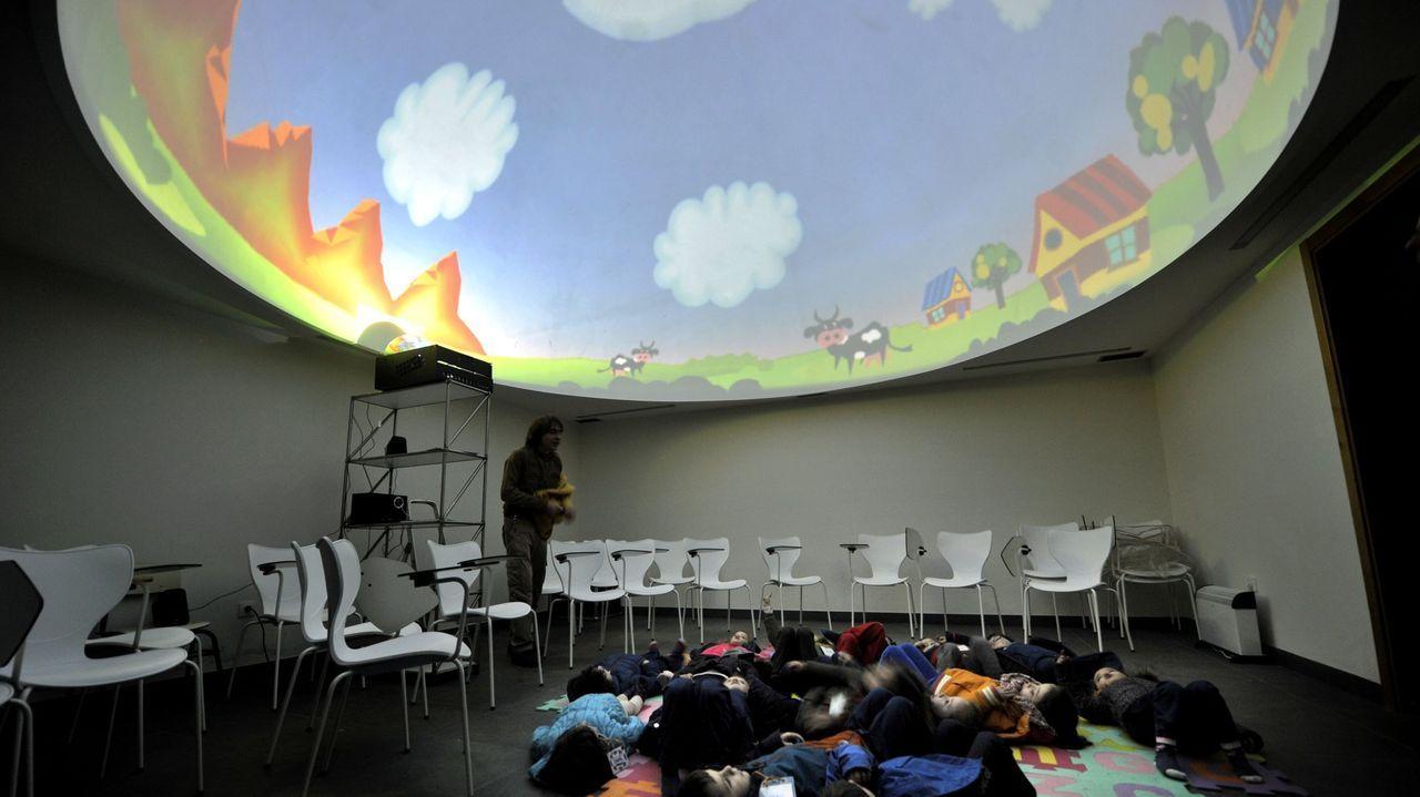 El planetario es uno de los servicios con que cuentan las instalaciones de Sedes