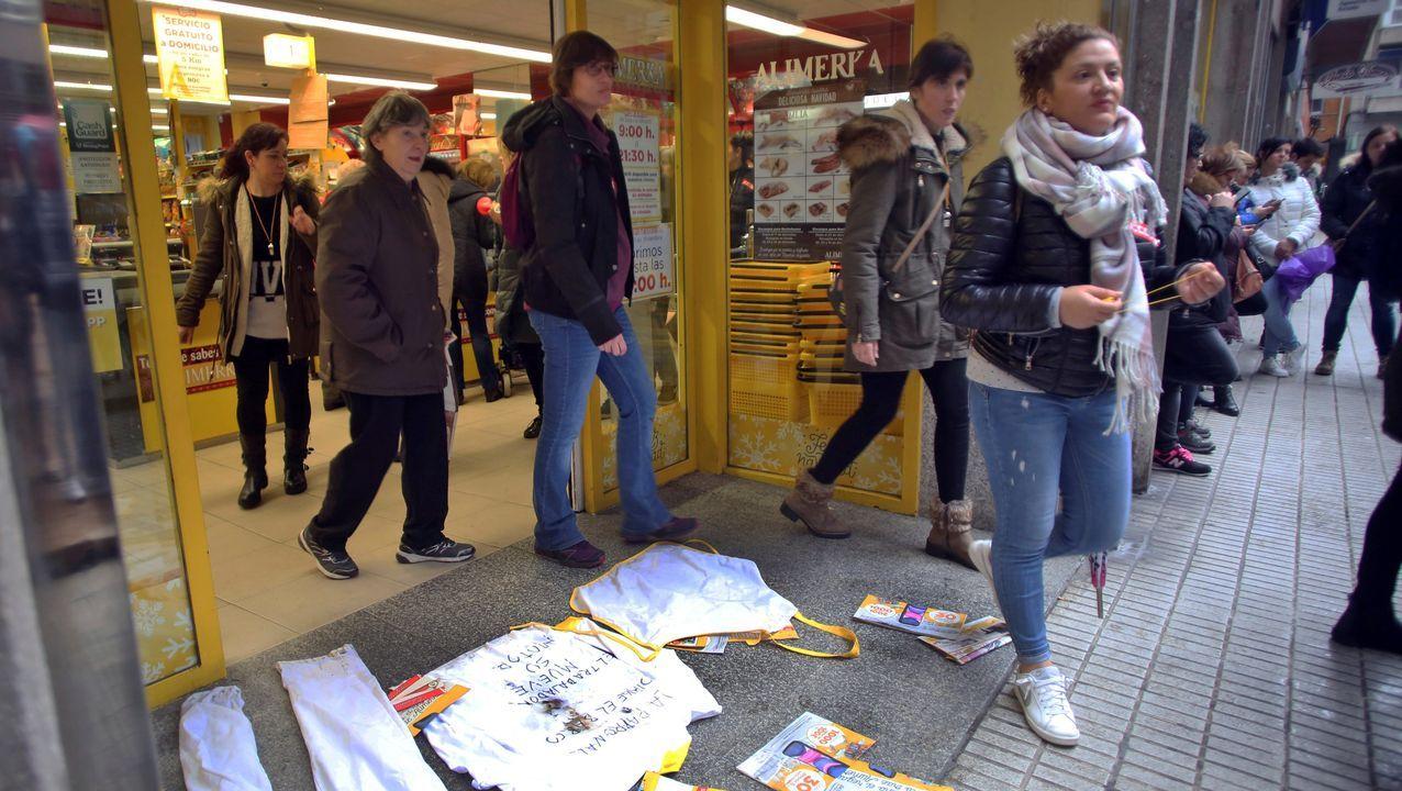 La huelga en el sector del comercio minorista de alimentación no ha impedido la apertura de la mayor parte de los supermercados de Asturias