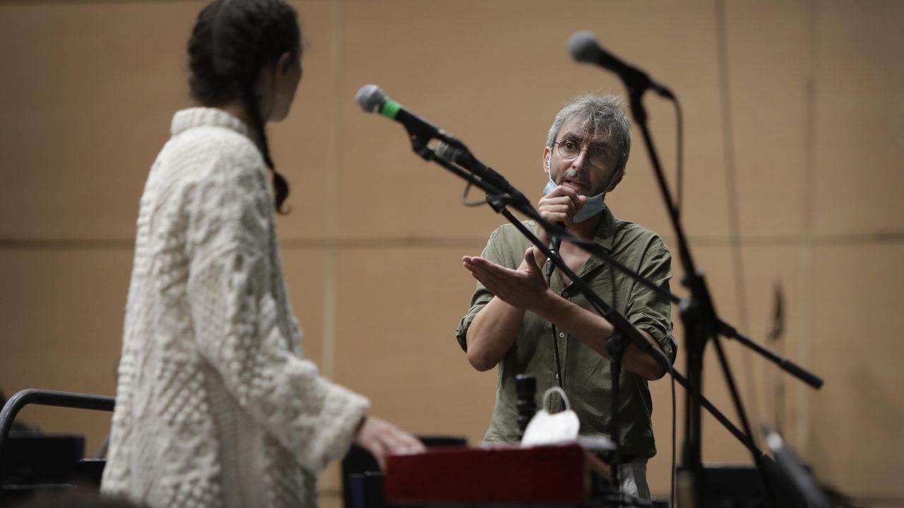 Xoel López en un momento de su ensayo con la OSG en el Coliseum