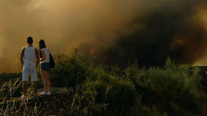 Impresionante incendio en Ávila
