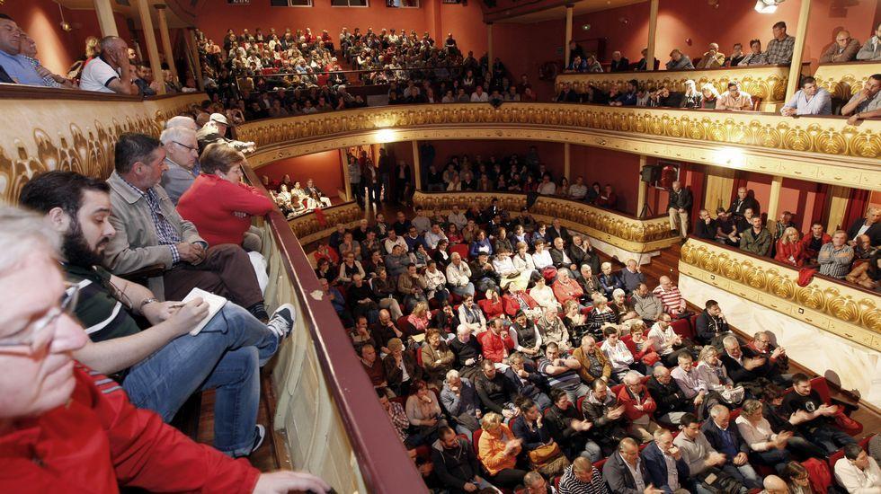 Debate electoral organizado por La Voz de Galicia en el teatro Pastor Díaz de Viveiro