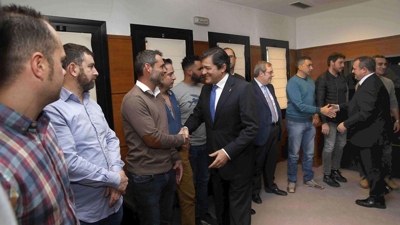 Así fue la recepción con honores en Asturias a la Brigada de Salvamento Minero.La térmica de la Pereda