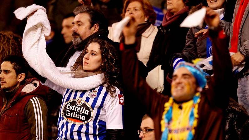El Deportivo 0 - Granada 3, en fotos.Pintada en Riazor contra Lendoiro