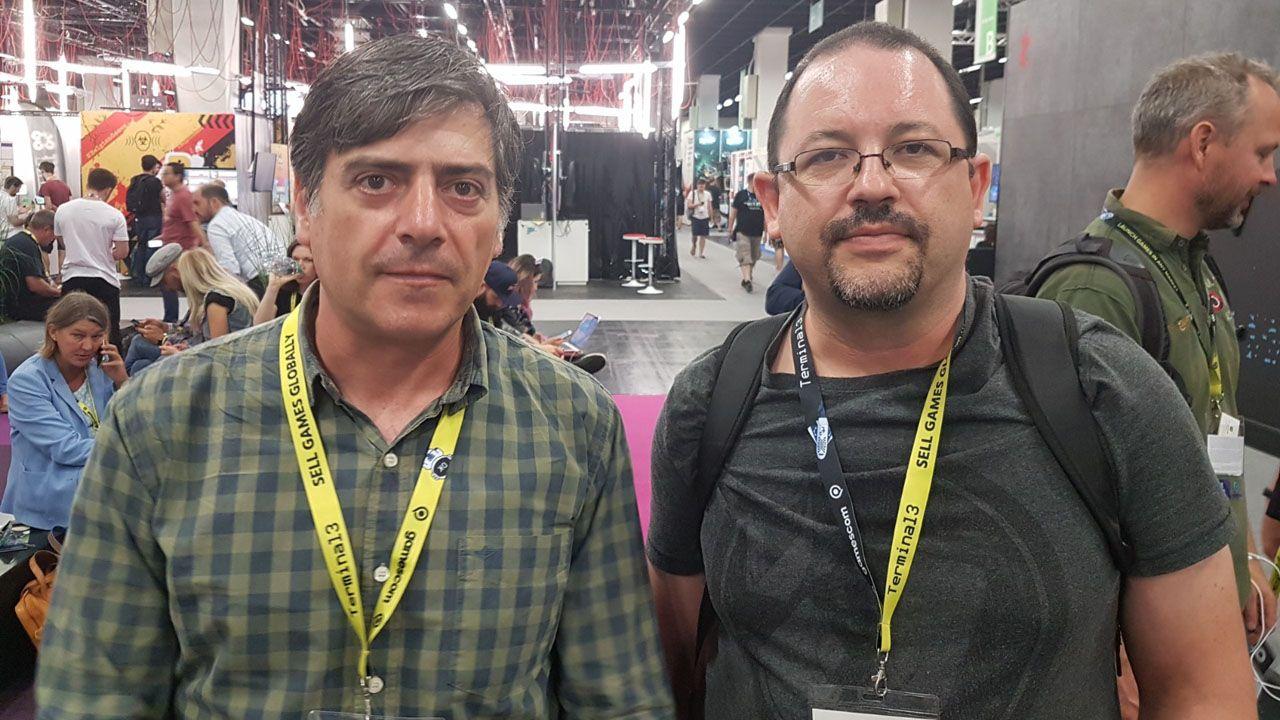 Luis Delgado y Ricardo Ramiro, de Liquid Games, en la feria Gamescom de Alemania