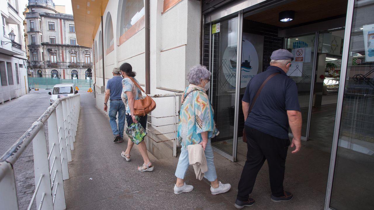 La Praza se ha convertido en un atajo debido a las obras en Quiroga Ballesteros