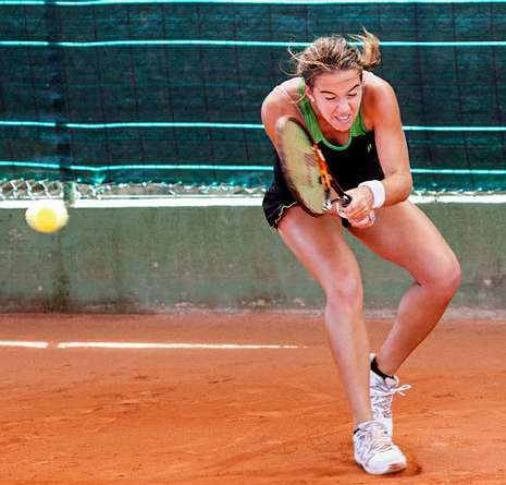 Irene Burillo plantó cara pero cayó ante la rusa Blinkova.