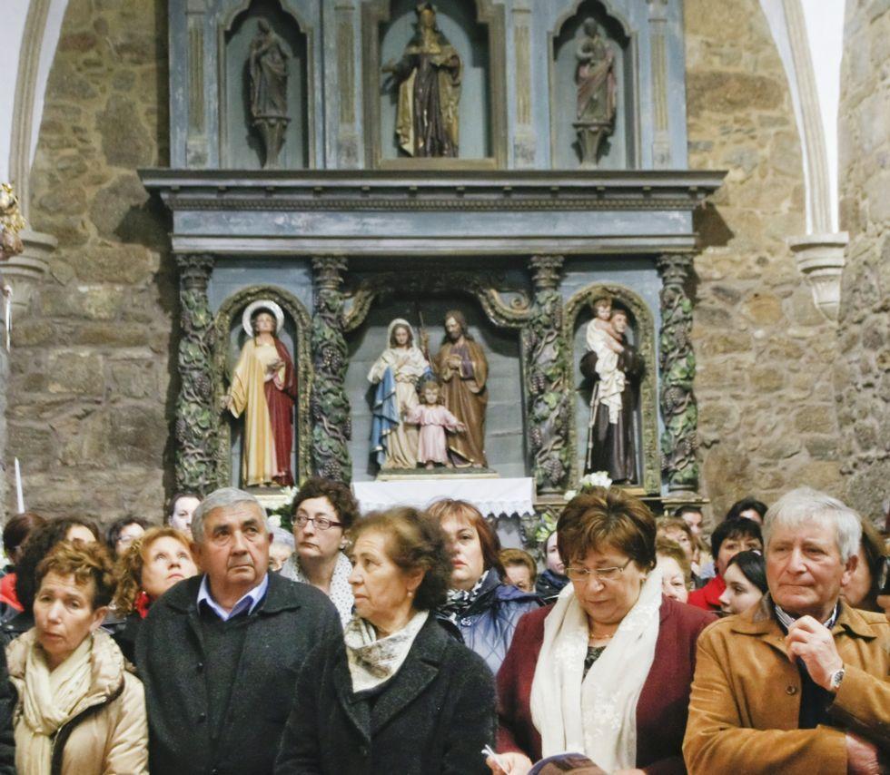 Uno de los retablos restaurados